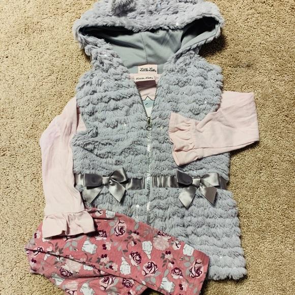 Adorable 3pc Little Lass outfit